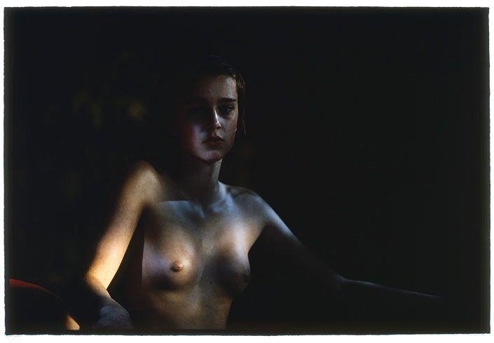 naked girl sucks clits