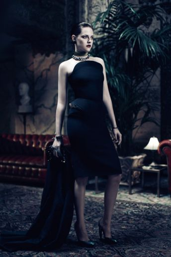 Snow White Photoshoot: Charlize Theron Kristen Stewart! photo 5